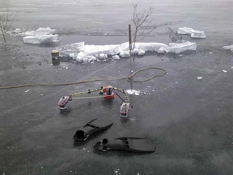 ice_divingriver10.jpg